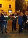 Andrzej Pruszkowski (Dyrektor Wojewódzkiego Urzędu Pracy w Lublinie) podczas składania wieńca pod pomnikiem ks. Jerzego Popiełuszki w Lublinie w dniu 31 sierpnia 2019 roku