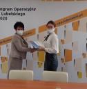 1. Zdjęcie z podpisania umowy o dofinansowanie projektu w ramach Działania 9.2 Projekty PUP-2021.